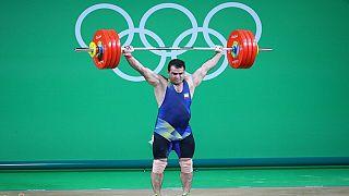 وزنه برداری؛ دو رکورد جهان و کسب سه طلا ارمغان سهراب مرادی از آمریکا