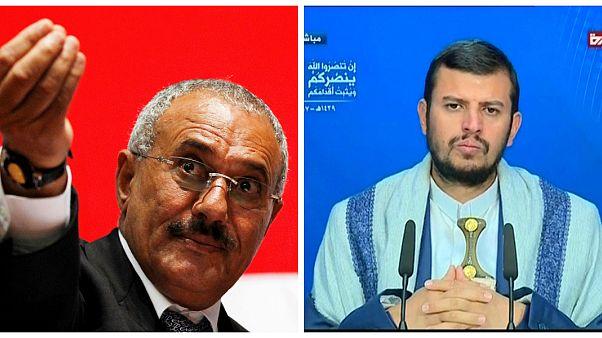 الرئيس اليمني الراحل علي عبدالله صالح (يسار) وعبد الملك الحوثي