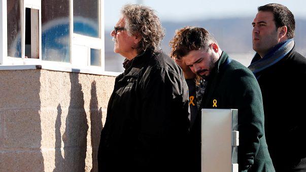 Előzetes letartóztatásban marad két katalán vezető
