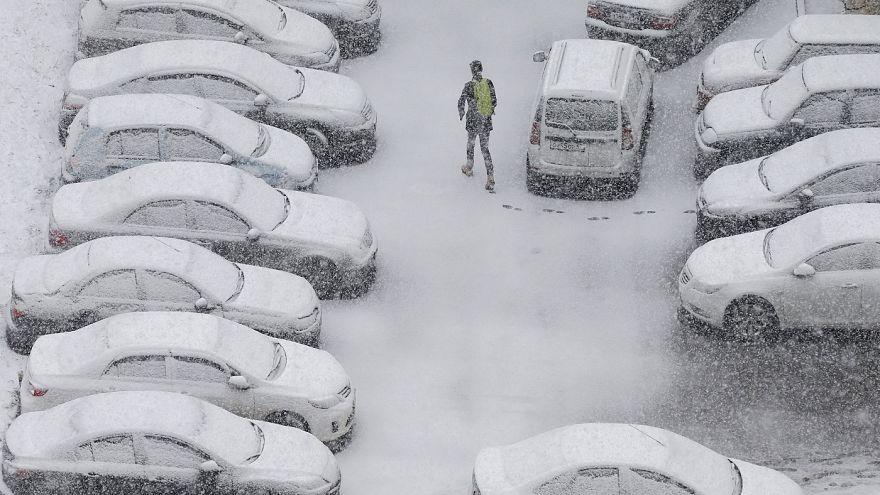 Οι πρώτες «λευκές ημέρες» στη Μόσχα