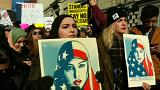 """La Cour suprême donne son feu vert à l' """"immigration ban"""" de Trump"""