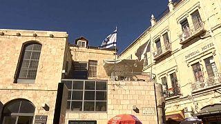 Donald Trump, sous pression, repousse sa décision sur le transfert de l'ambassade américaine à Jérusalem