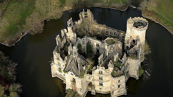 Ένα ιστορικό κάστρο στη Γαλλία βρήκε τους...6.500 αγοραστές του
