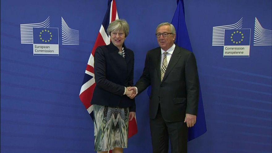 Brexit : après l'échec des négociations, Juncker veut garder espoir