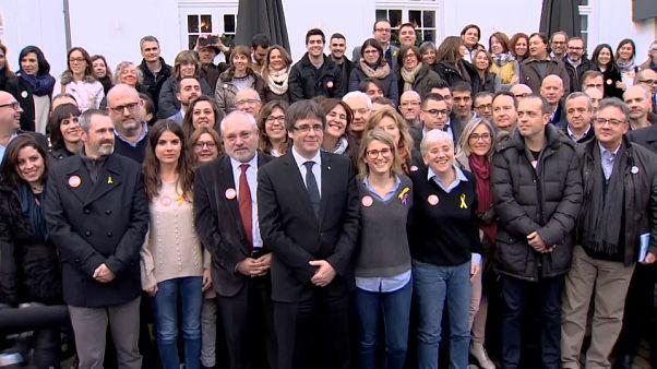 Puigdemont: Corte suprema spagnola revoca il mandato di arresto europeo