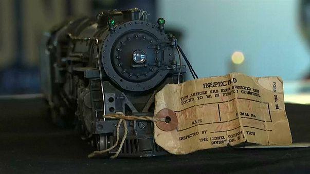 Neil Young vend ses trains miniatures