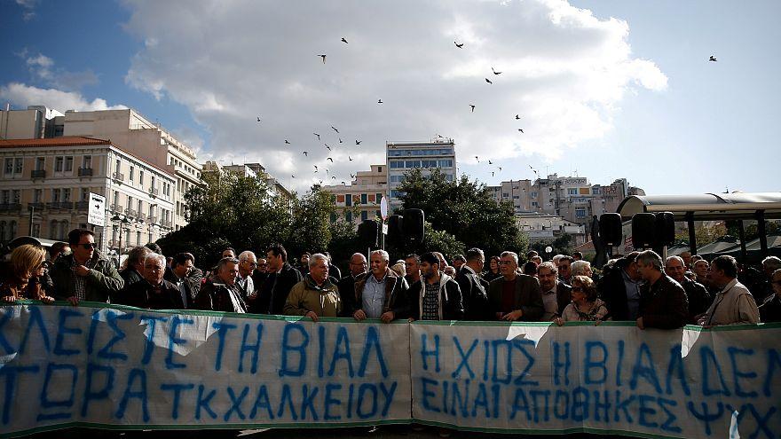 """""""Il faut alléger les camps de migrants des îles grecques"""""""