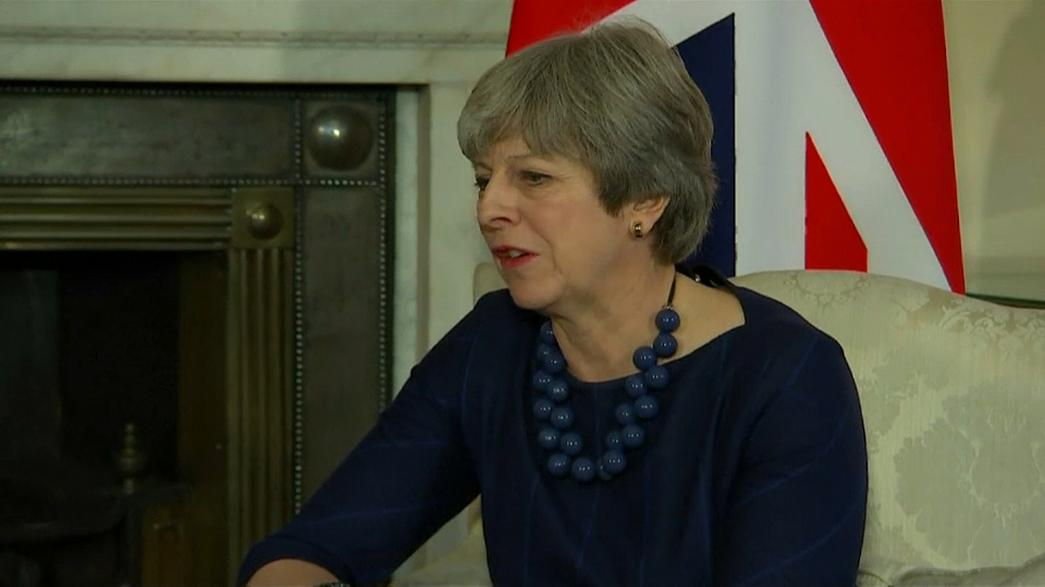 Pressure mounts on British PM to salvage Brexit deal