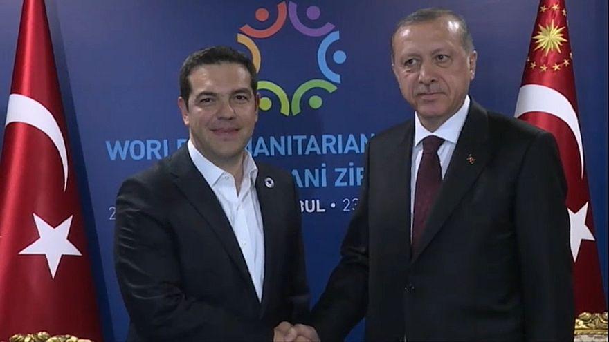 Tsipras y Erdogan durante una reunión en Estambul en 2016