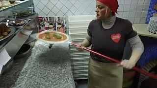 Los pizzeros napolitanos pendientes de la UNESCO