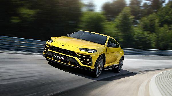 Lamborghini yeni SUV modelini tanıttı