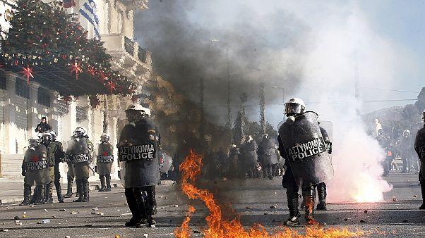 Επεισόδια αμαύρωσαν το μαθητικό συλλαλητήριο για τον Αλέξανδρο Γρηγορόπουλο