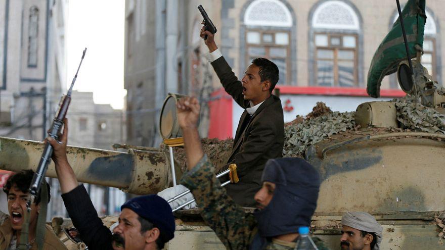 تظاهرات شورشیان حوثی یمن پس از کشته شدن علی عبدالله صالح< عکس از رویترز