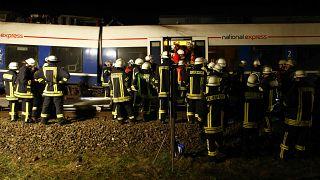 Csaknem ötvenen megsérültek egy vonatbalesetben Németországban