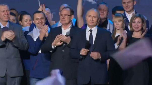 Rússia: Putin vai recandidatar-se à presidência em 2018