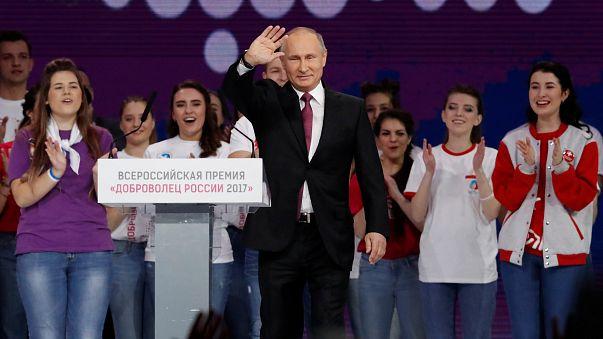 Russia: Putin si candida alle presidenziali del 2018