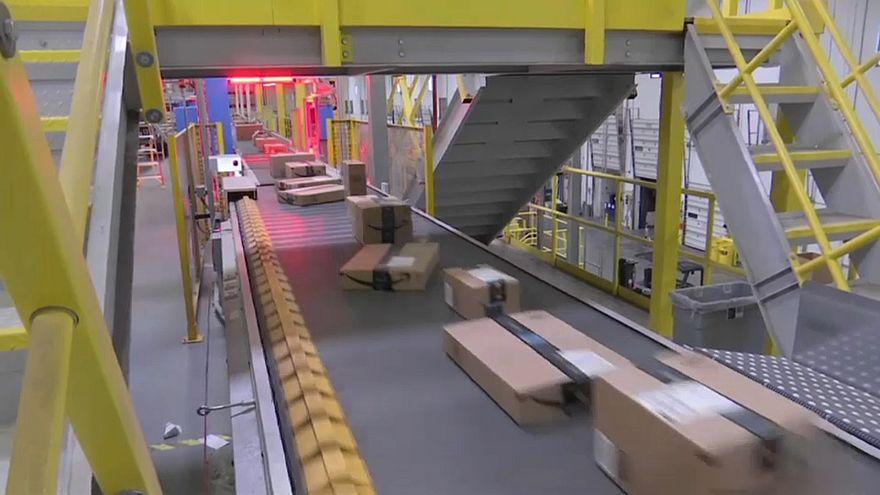 Pacco AGCOM ad Amazon Italia