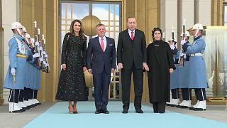 Турция и Иордания осудили Трампа