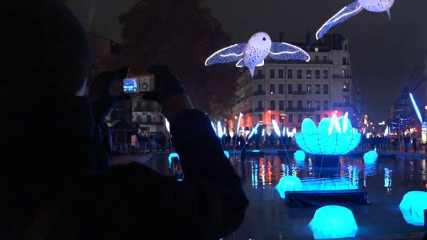 بالفيديو: مدينة ليون الفرنسية تحتضن مهرجان الأضواء السنوي