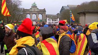 """""""Europa svegliati"""": gli indipendentisti catalani a Bruxelles"""