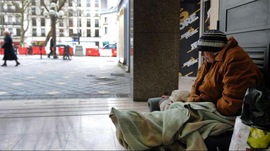 کارزار حمایت از بیخانمانها در فرانسه: انسان باشیم