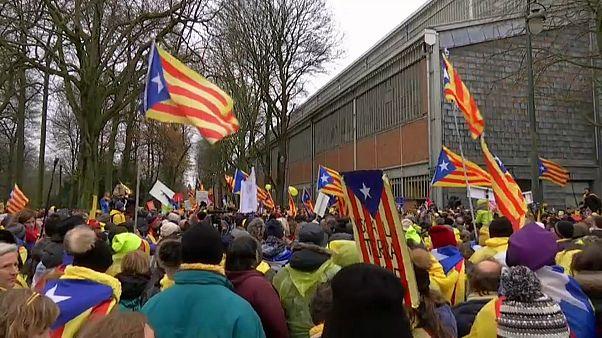 Catalães independentistas manifestam-se em Bruxelas