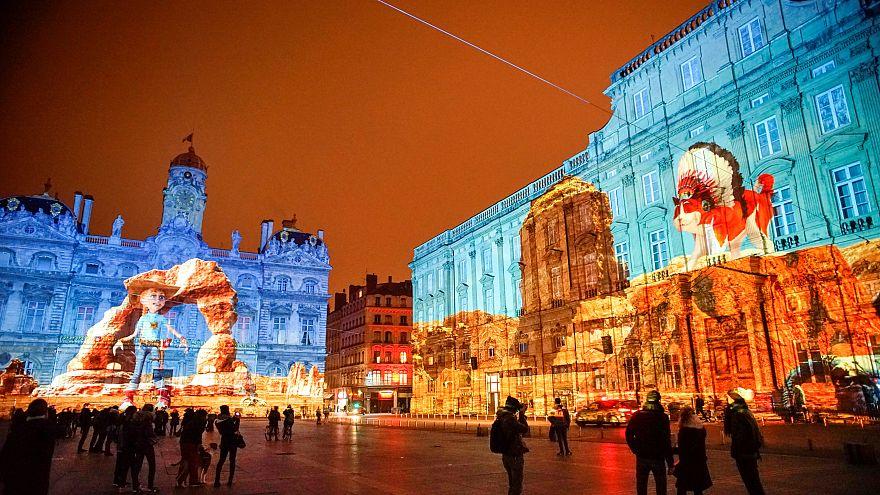 Eine der Lichtinstallationen bei der Fête des Lumières in Lyon