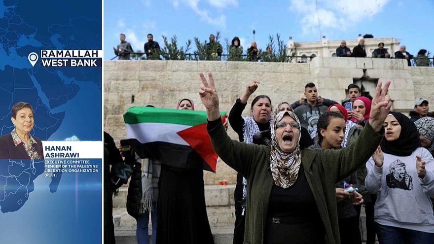 السيدة حنان عشراوي عضو منظمة التحرير الفلسطينية