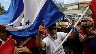 OEA e Governos latino-americanos exigem recontagem nas Honduras