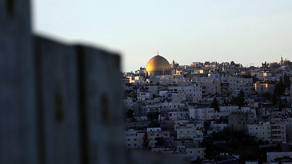 A mesquita de Al-Aqsa ergue-se da Cidade Velha de Jerusalém