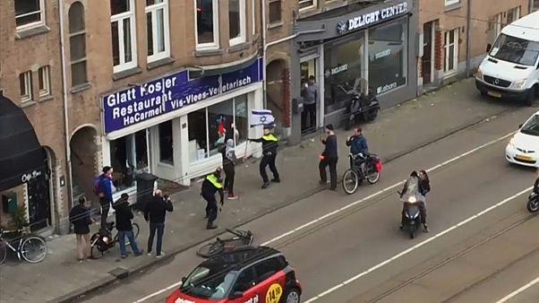 Нападение на кошерный ресторан в Амстердаме