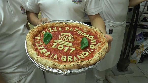 Праздник пиццы в Неаполе