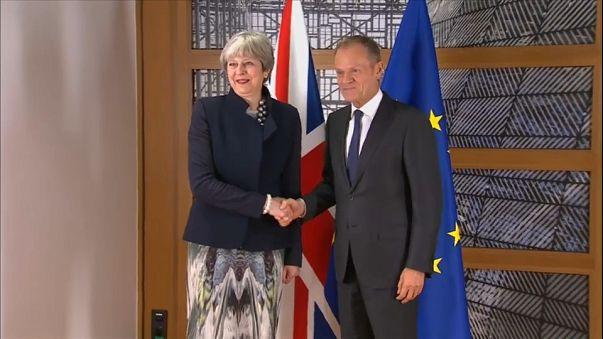 Brexit: domenica la scadenza per trovare un accordo fra Ue e Londra