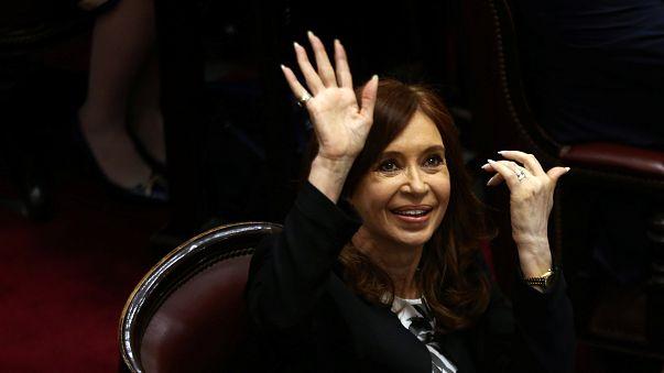 Mandat d'arrêt contre l'ancienne présidente argentine Cristina Kirchner