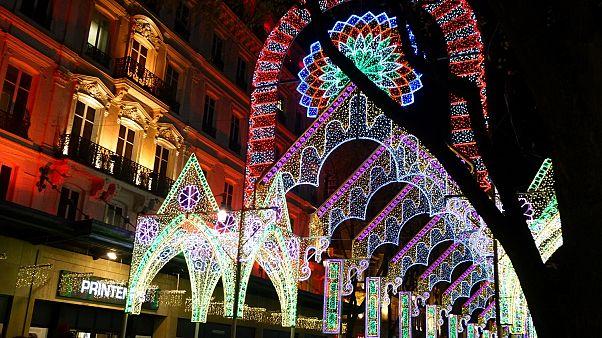 Lyon Işık Bayramı gösterileri izleyenleri büyüledi