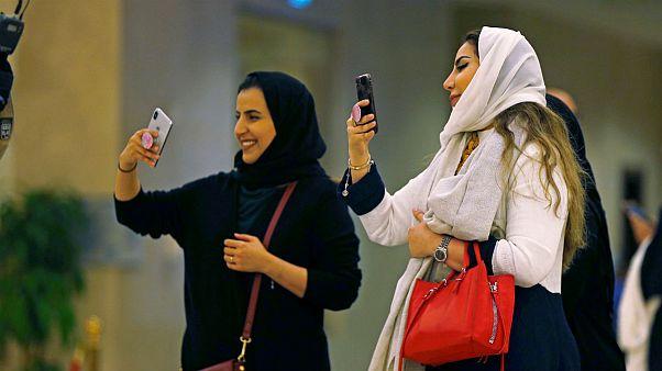 برای نخستین بار در تاریخ عربستان یک خواننده زن کنسرت برگزار کرد