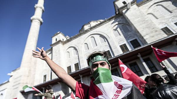 İstanbul Fatih Camii'nde Kudüs protestosu