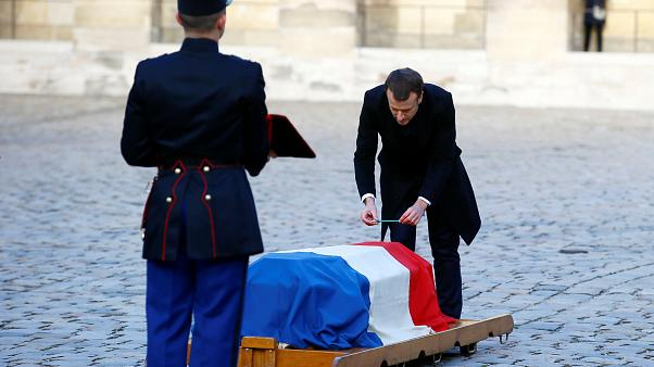 L'hommage lyrique de Macron à Jean D'Ormesson