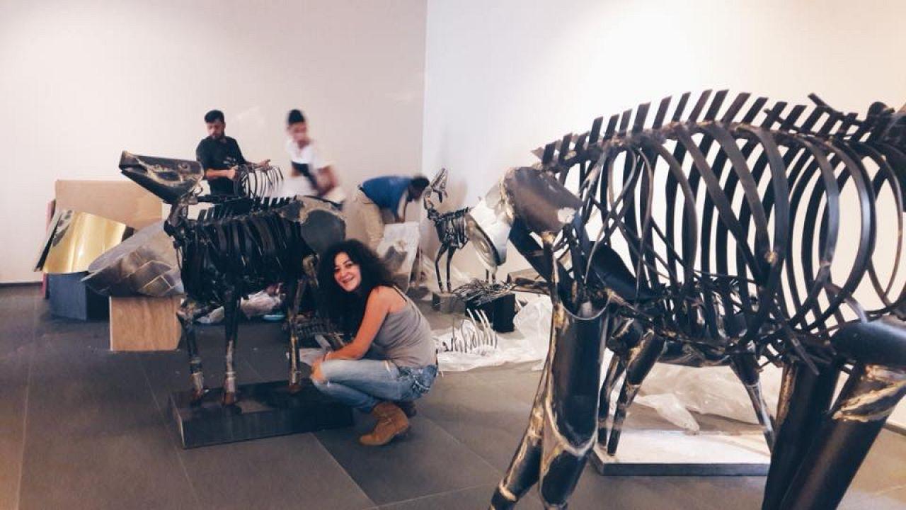 الفنانة صفاء الست تحضر معرضها في بيروت
