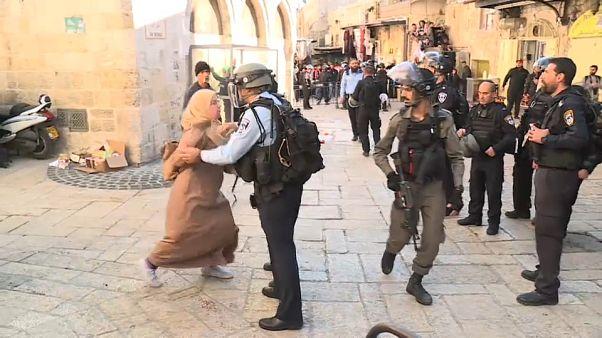 Jerusalém: confrontos depois da oração provocam dezenas de feridos