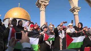 I palestinesi ad Al-Aqsa: difenderemo la nostra Gerusalemme