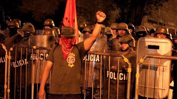 Honduras: manifestazioni, denunce e richiesta di nuove elezioni