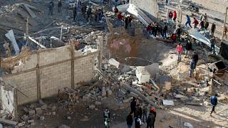 Israel lança ofensiva aérea mortal sobre Gaza