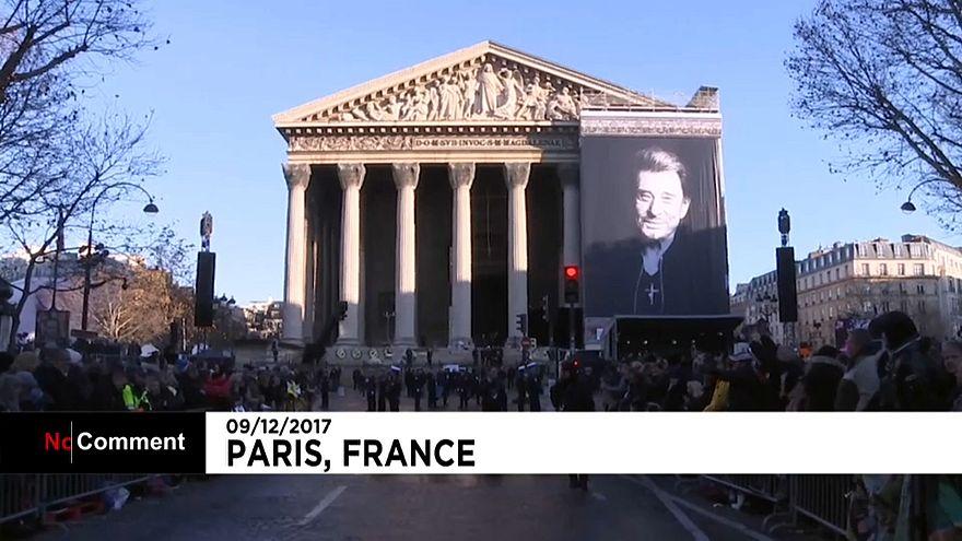 Париж прощается с Джонни Холлидеем
