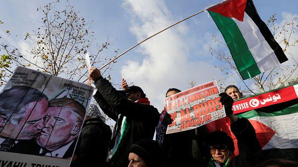 Proteste gegen Netanjahu-Besuch in Paris
