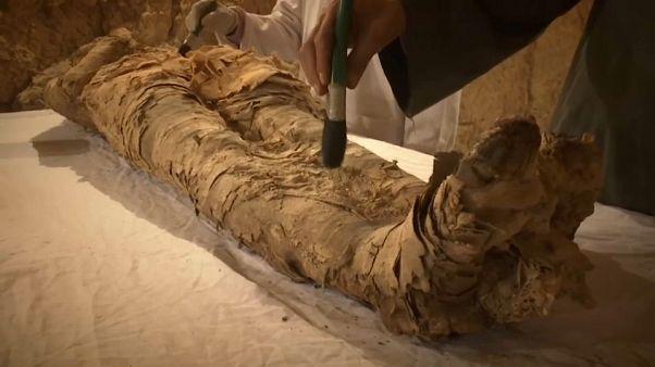 La mummia di un alto ufficiale rinvenuta a Luxor
