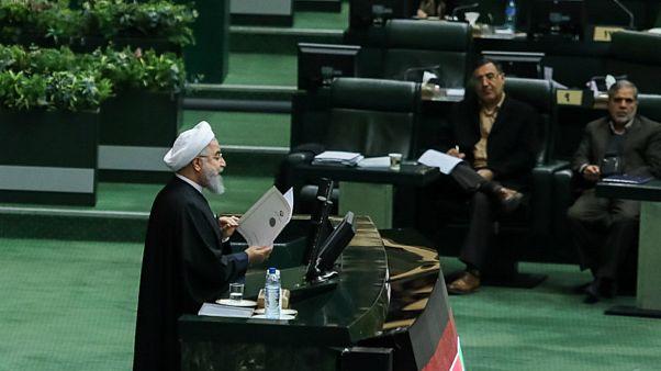 روحانی: هدفمان رشد اقتصادی بالای پنج درصد است