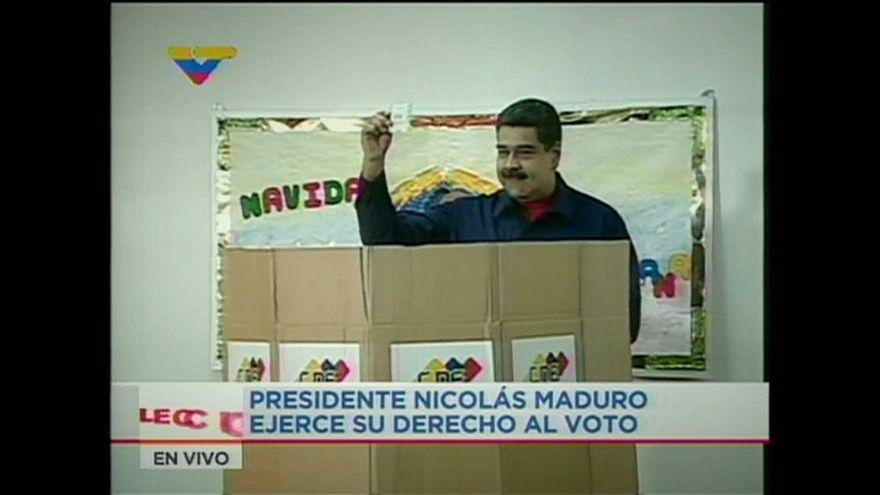 Venezuela'da 3 büyük partiye seçim yasağı