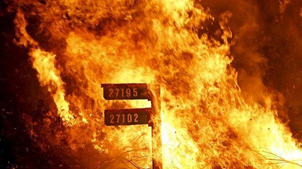 ΗΠΑ: Αναζωπυρώνονται τα πύρινα μέτωπα στην Καλιφόρνια