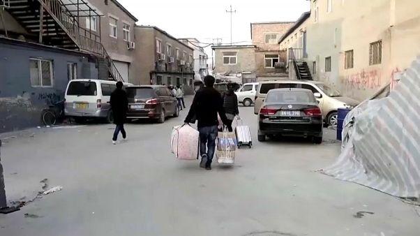 Pechino: sgomberati lavoratori giunti da altre zone della Cina